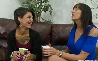Bonnie Rotten and Mother Filthy Dickblowing Duo